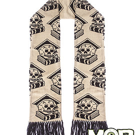 Middle of beyond - Scholary Skull Scarf