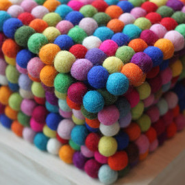 The BNB Crafts - Felt Ball Trivet(鍋敷き)