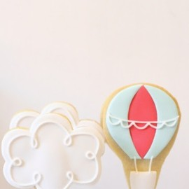 cloud and parachute cookies