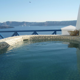 Astarte Suites Hotel | Open air Jacuzzi | Santorini Greece - Astarte Suites Hotel | Open air Jacuzzi | Santorini Greece