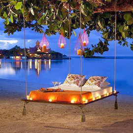 Jamaica - Suspended Beach Bed
