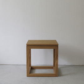 BUILDING fundamental furniture - Side Table