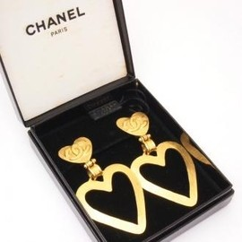 CHANEL - Vintage Chanel Earrings/heart.
