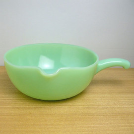 Fire King - Jadeite 1 Spout Skillet