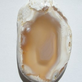 Very White Agate, Clear Center