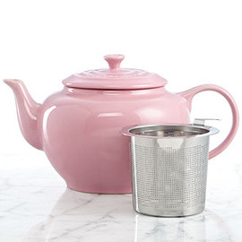 Le Creuset - 1 Qt. Teapot with Stainless Steel Infuser