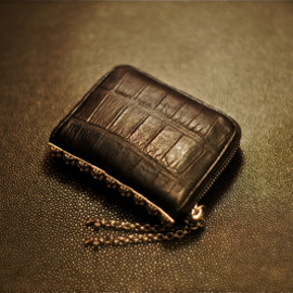 CHROME HEARTS - Wallet / 3Side Zip With Pyramid Studs Alligator