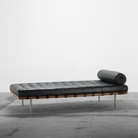 LUDWIG MIES VAN DER ROHE - Barcelona daybed