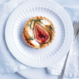 donna hay - fig and goat's cheese tart