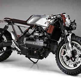 "Augh Motorcycles - BMW K100 ""Suscettibile"" (""Sensitive"")"