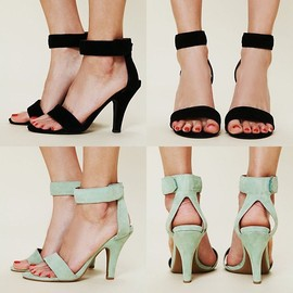 ST66151-A11-08 COLOR SUEDE SQUARE H.SANDAL