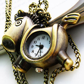 Christmas Gift British Style Retro Cute Hobbyhorse Pocket Watch