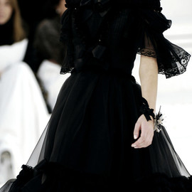 CHANEL - Chanel Haute Couture Spring/Summer 2006