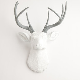 WFT - The Helena | Stag Deer Head | Faux Taxidermy | White w/ Gray Antlers