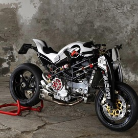 Ducati - Ducati Monster S4R Custom