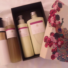 PAÑPURI - body treat gift box