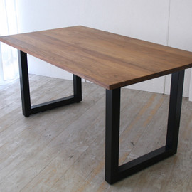 MasterWal - WILD WOOD DINING TABLE