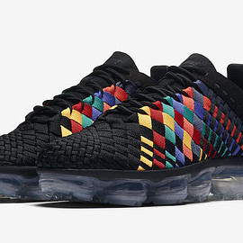 NIKE - Air VaporMax Inneva - Black/Black/Glacier Blue/Laser Orange
