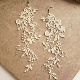 StitchFromTheHeart - Wisteria ivory lace floral earrings