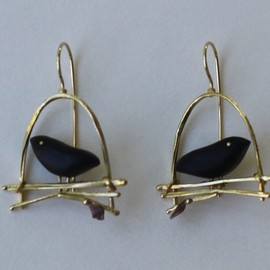 Earrings | Carolyn Morris Bach. 18k gold, copper and ebony wood. - Earrings | Carolyn Morris Bach.  18k gold, copper and ebony wood.
