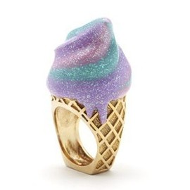 Sretsis - CREAM CONE RING