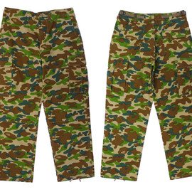 A BATHING APE - A BATHING APE(エイプ) PUZZLE CAMO 6ポケット カーゴパンツ【新品】 GREEN CAMO 249-000187-035 [1710-152-005]
