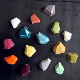 PigeonToeCeramics - Faceted Magnet