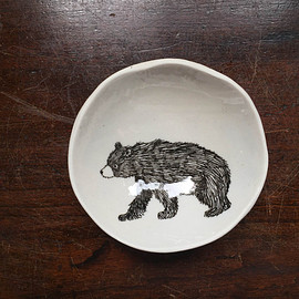 SKT Ceramics - Woodgrain Slab Dish / Bear