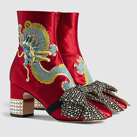 GUCCI - Pre-Fall 2017 Dragon satin mid-heel ankle boot