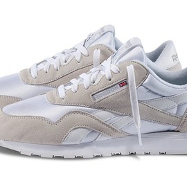 Reebok - Classic Nylon All White