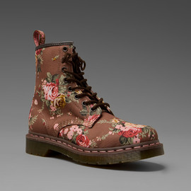 Dr. Martens - Dr. Martens 8 Eye Boot in Floral (taupe victorian flowers)