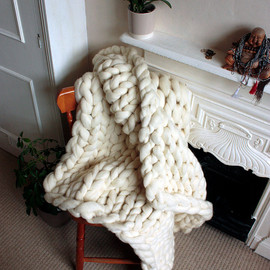 GraphiteHandKnit - Chunky Knit Corriedale Wool Throw