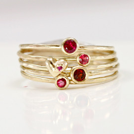 ScarlettJewelry - Ruby Garnet & Heart Stacking Rings