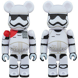 MEDICOM TOY - FIRST ORDER STORMTROOPER(TM) OFFICER & FIRST ORDER STORMTROOPER(TM) BE@RBRICK STAR WARS(TM) 2PACK
