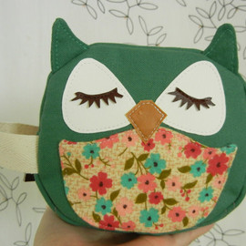 Cuore - Wendy the Owl Green Applique Canvas Mini Zipper Cosmetic Pouch Carry All Case