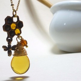 KU - Honeycomb Necklace(Gold)
