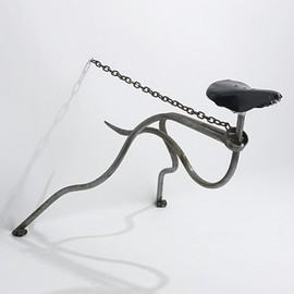 MARK LEWIS - greyhound chair   1985  tubular steel, steel chain, bicycle seat