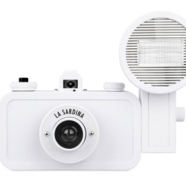 Lomography - La Sardina & Flash DIY Edition