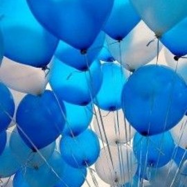 blue balloons making everything better!