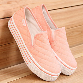 fashion - Quilted chunky sole platform sneaker slip on loafers creeper