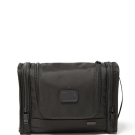 TUMI - Alpha - Hanging Travel Kit