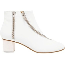 Acne - ACNE 'Marlie' Leather Ankle Boot #farfetch #wonderfulstore