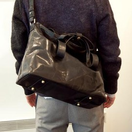 cornelian taurus by daisuke iwanaga - 2HANDLE SHOULDER BLACK 2013-14AW