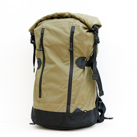 DATUM - Roll Top Pack / Olive love