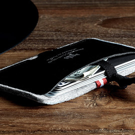 "hard graft - ""Nero"" Card Case - Wallet"