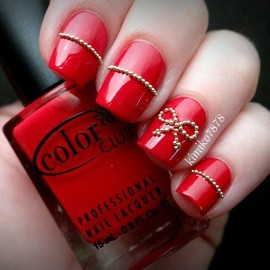 bow red/nails