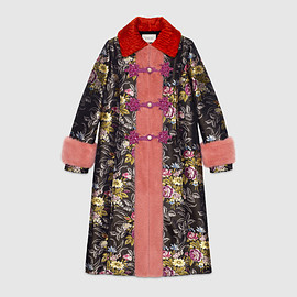 GUCCI - CRUISE 2017 Silk jacquard coat with mink