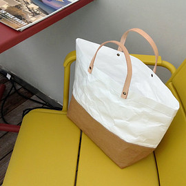 BelltaStudio - Tote Bag Large : Tyvek and Kraft paper bag