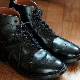 Tricker's - Blind Brogue Boots