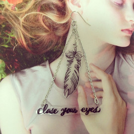 """LiLy - ピアス """"closed your eyes"""""""